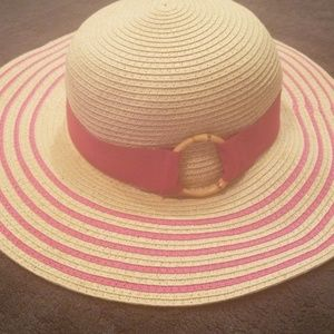 e310895334b6d5 tropical trends · Pink and tan beach hat